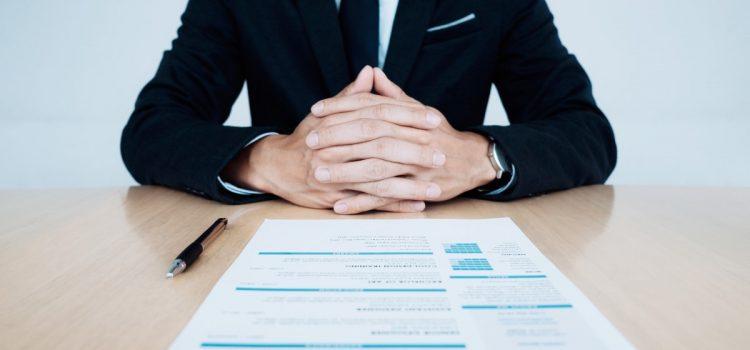 Jak napisać CV? 8 sprawdzonych porad