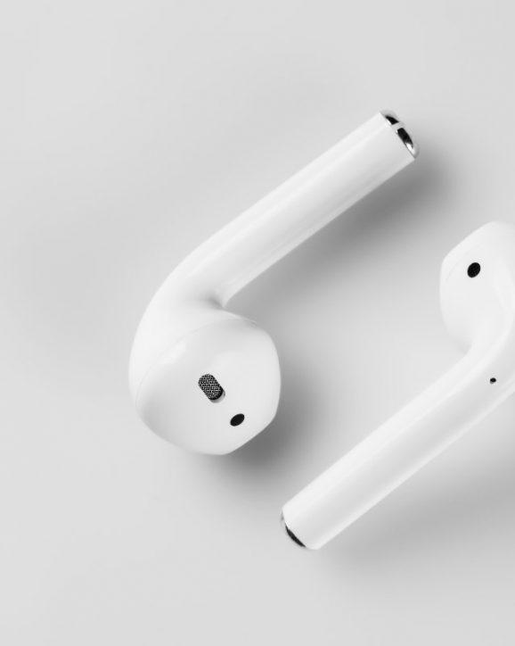 Etui do ładowania słuchawek - jak ładować?