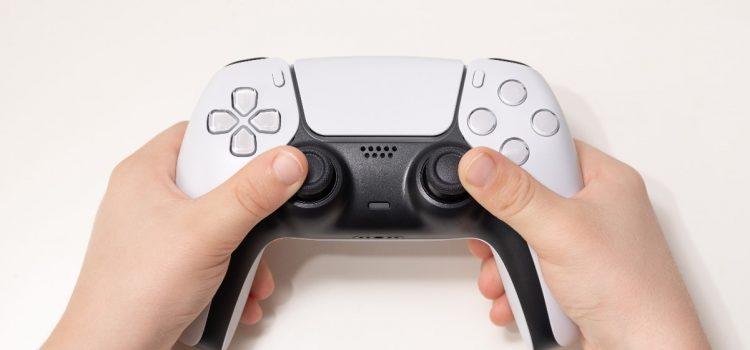 PlayStation 5 z premierą w listopadzie. Czym różni się od poprzednika?