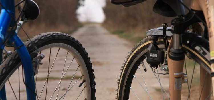 Jak napompować koło w rowerze?