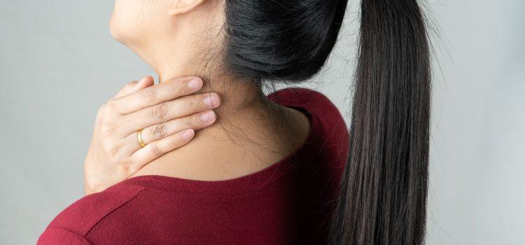 Ćwiczenia na kręgosłup szyjny – szybka ulga!