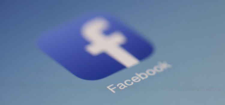 Czy kolejność znajomych na Facebooku jest przypadkowa?