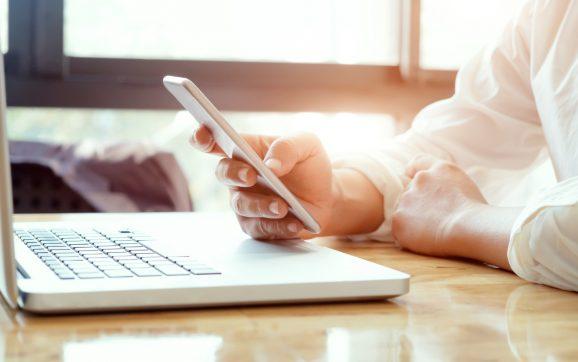 Korzystasz z social mediów w pracy? Nie jesteś jedyny!
