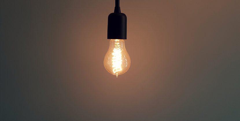 Jak zmniejszyć koszty za prąd?